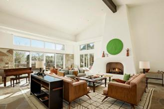 Estancia Scottsdale Southwestern adobe-style compound set amongst boulders to sell at auction 3