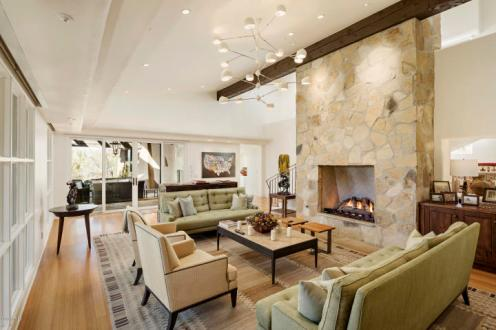 Estancia Scottsdale Southwestern adobe-style compound set amongst boulders to sell at auction 8