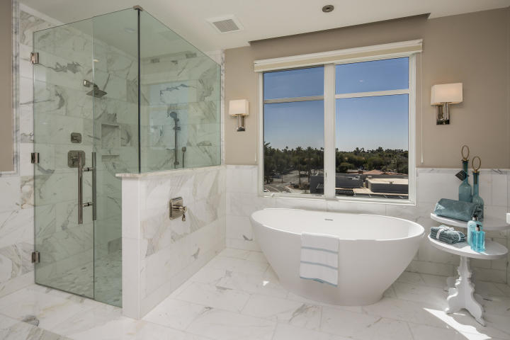 The 7 most expensive penthouses & luxury condos sales in Arizona 2018 are 4