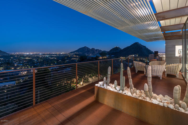 Contemporary masterpiece in Paradise Valley AZ 11