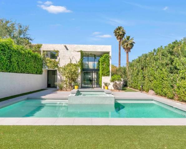 Ravishing Al Beadle designed town home with private pool & spa 2