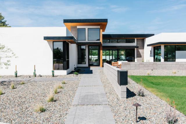 Design of the week - Sleek, New organic Contemporary designed to capture head-on Camelback vistas 15